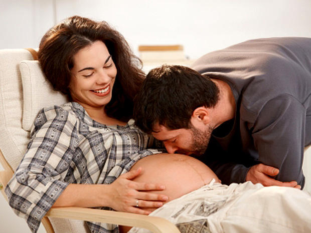 """30 Healthy Pregnancy Secrets from """"Dr. Mom"""""""