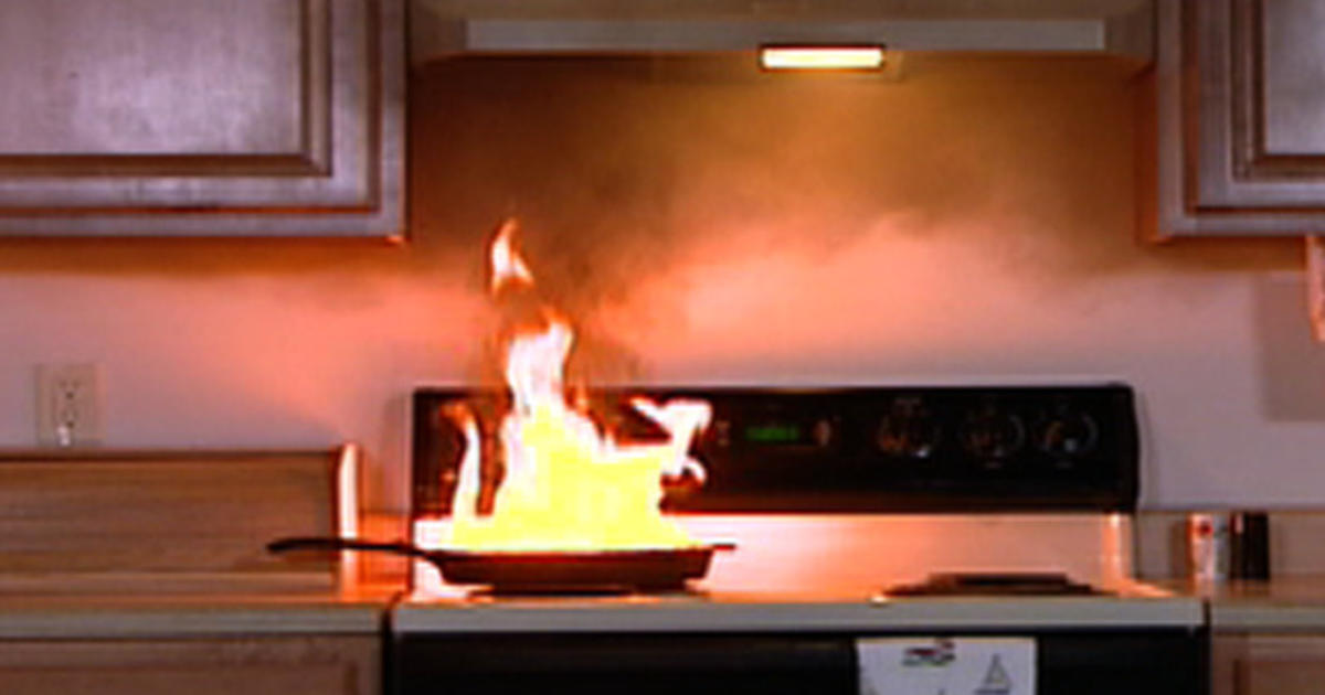 How to Handle Kitchen Fires - CBS News