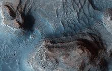 Stunning New Shots from Mars