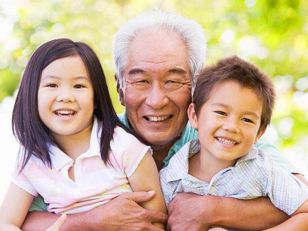 grandfather-kids.jpg