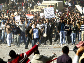 Cairo protesters clash Feb. 2, 2011