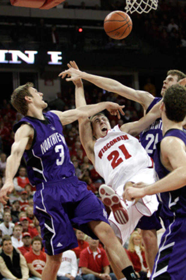 sports_ncaa_wisconsin_ap110227086508.jpg