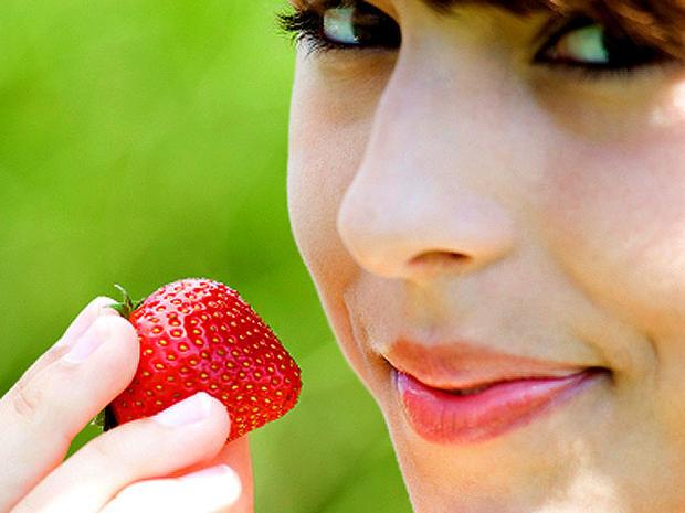 strawberry_iStock_000007134.jpg