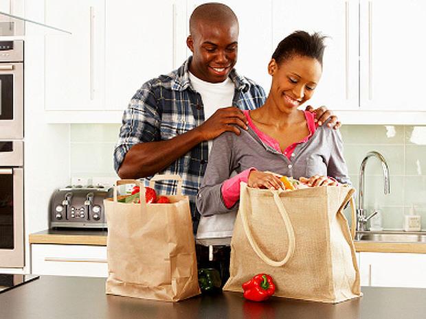 groceries_iStock_0000131358.jpg