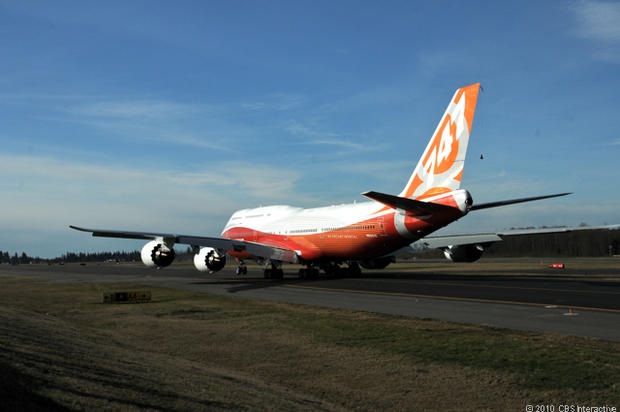 Maiden flight for Boeing's 747-8 Intercontinental