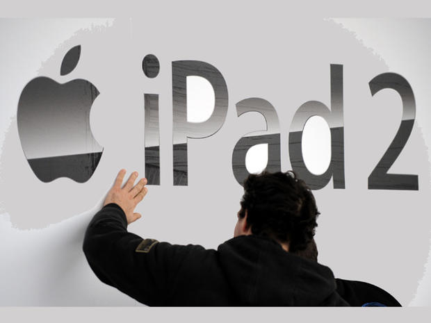 Apple iPad 2 goes on sale around the world