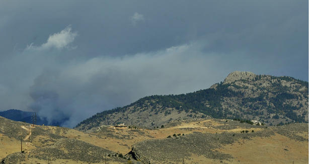 Wildfire burns west of Fort Collins, Colo.