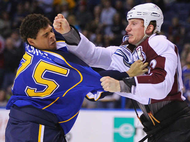 nhl_fights_111686580.jpg