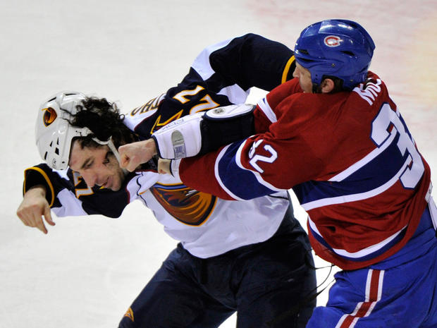 nhl_fights_AP110329176686.jpg