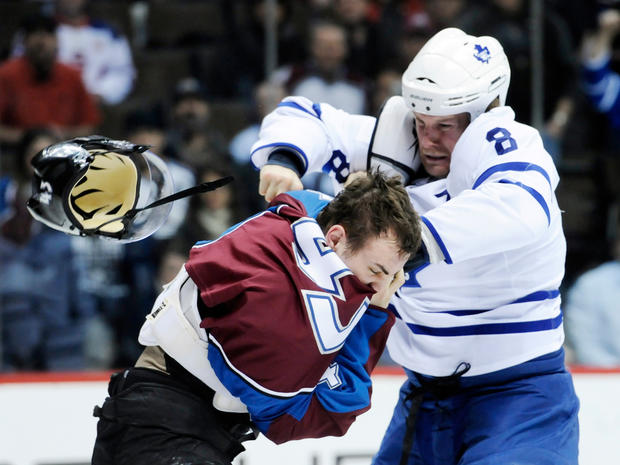 nhl_fights_AP110324129151.jpg
