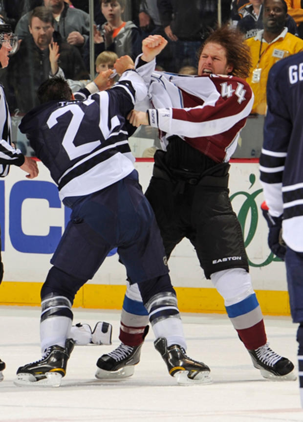 nhl_fights_110030570.jpg