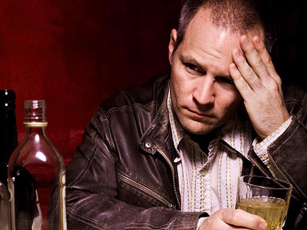 alcoholic_iStock_0000128645_1.jpg