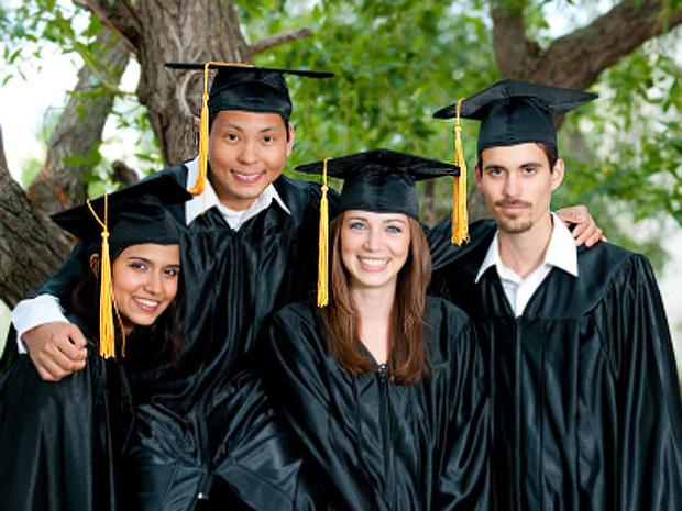 collegegrads2iStock_000015323446XSmall.jpg