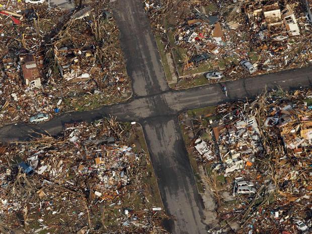 tornado_AP110524149413.jpg