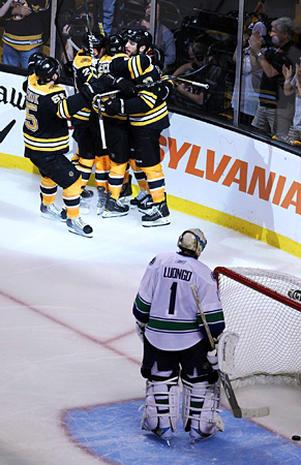2011 Stanley Cup Finals: Game 3