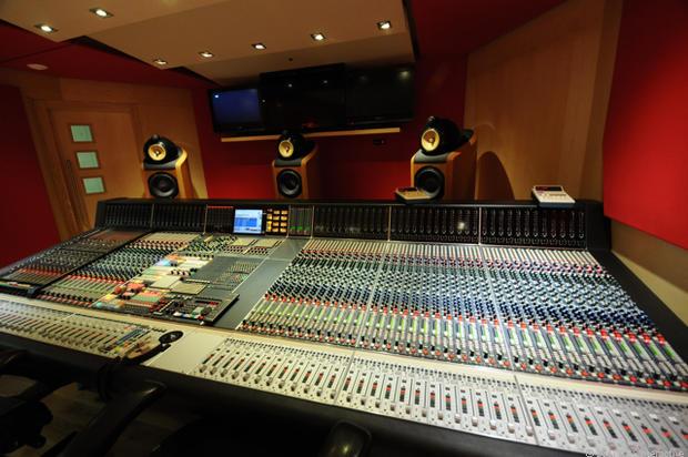 Studio_2_mixing_room_desk.jpg