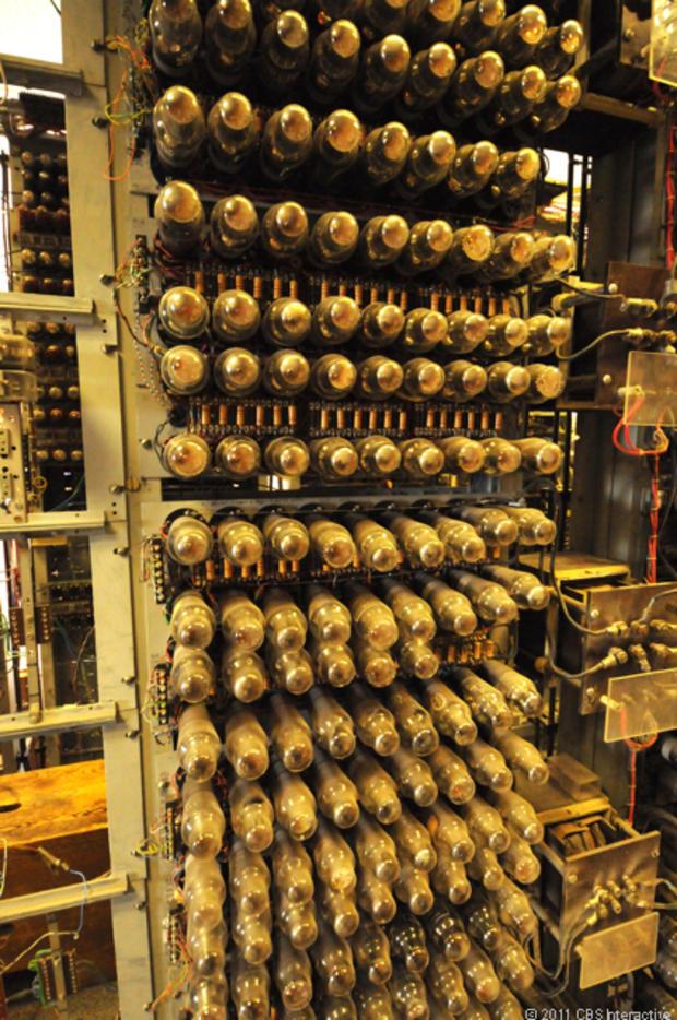 Colossus_tubes-valves.jpg