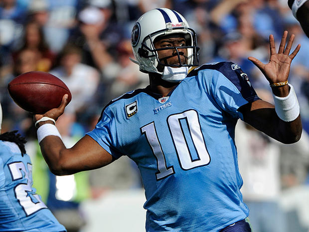 Vince_Young_AP101121163261.jpg