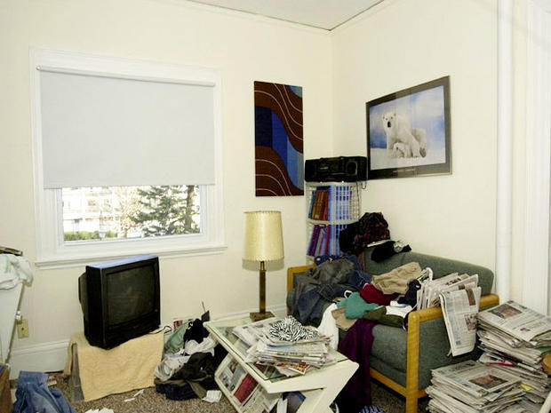 Who's a hoarder? Simple test tells messy from mentally ill