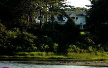 Raw Video: Obama's Martha's Vineyard retreat