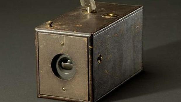 Kodak_1888_Box_Camera.jpg