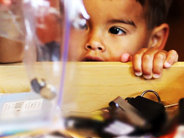 energizer, button batteries, battery swallow, safe kids usa