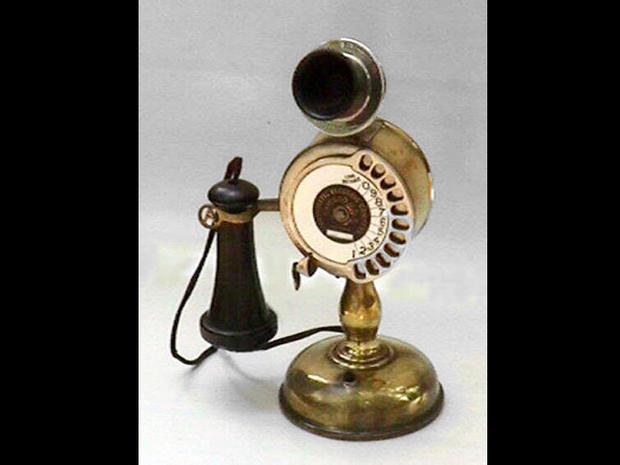 Strowger 11 digit desk telephone -1905