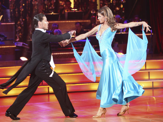 """Elisabetta Canalis and Val Chmerkovskiy perform on """"Dancing with the Stars"""""""