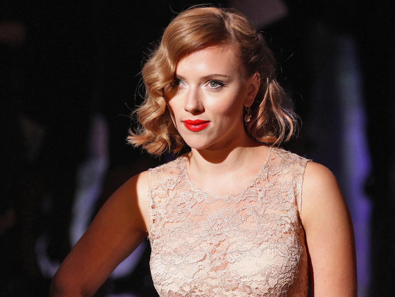 Scarlett Johansson Addresses Hacked Nude Photos - Shy