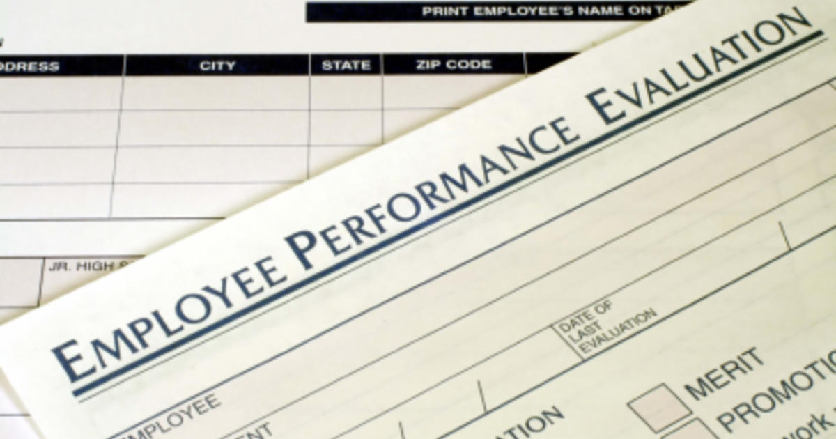 Why Even Great Employees Get Average Evaluations Cbs News