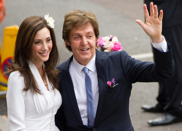 paul mccartney weds nancy shevell photo 1 pictures cbs news. Black Bedroom Furniture Sets. Home Design Ideas