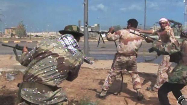 American fights alongside Libya rebels