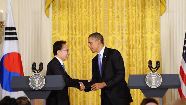 111013-Barack_Obama-Lee_Myung-bak-129162235.jpg