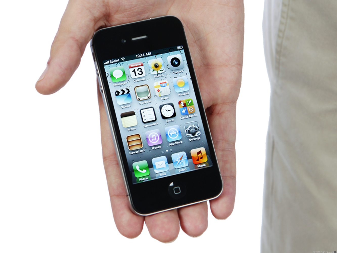 new iphone 4 3 days new iphone unit sales top 4 million cbs news 12681
