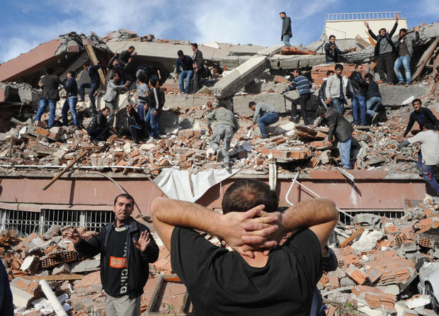 Major earthquake strikes Turkey