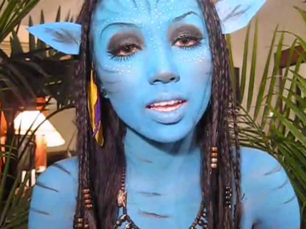 Neytiri -  Avatar  - Incredible Halloween costume tutorials on YouTube - Pictures - CBS News  sc 1 st  CBS News : the grudge costume for halloween  - Germanpascual.Com