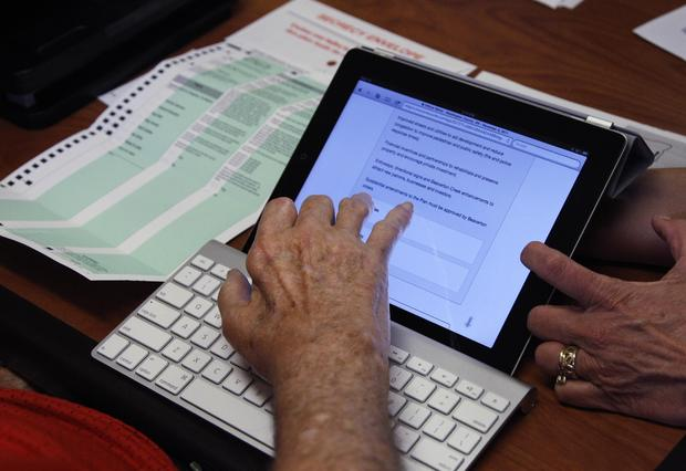 Oregon uses iPads to help disabled voters mark ballots