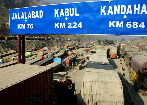 Afghanistan-bound trucks stopped at Pakistani border