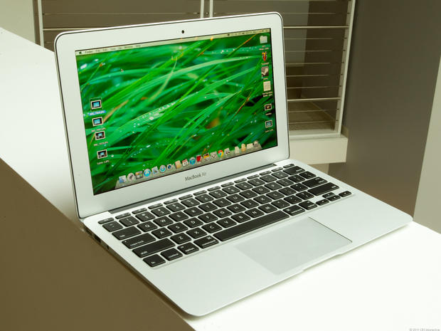 CNET 100: 2011's best tech products