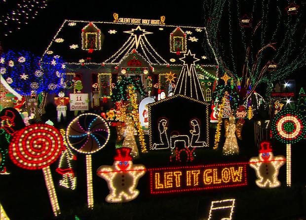 holiday cheer tacky holiday lights pictures cbs news - Tacky Christmas