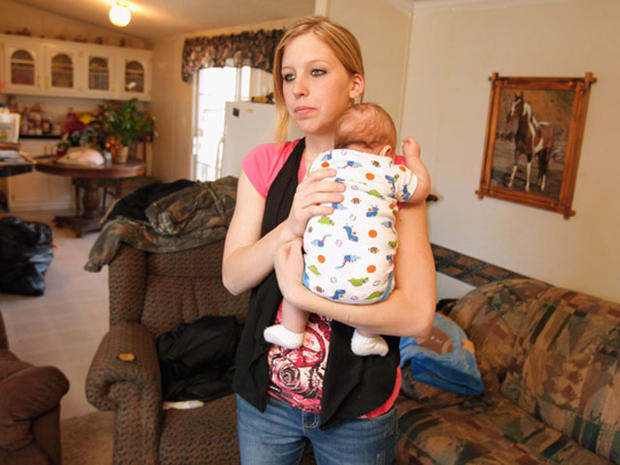 Okla. teen mom Sarah McKinley shoots home invader