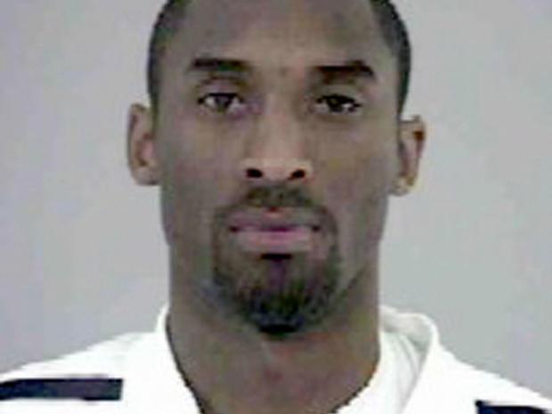 NBA球星的入獄照見過嗎?戰神表情疲倦,甜瓜一臉不屑,而最後的JR讓人笑出腹肌!-籃球圈