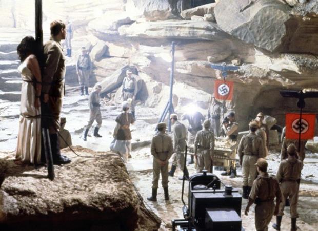 SM_Spielberg_Raiders.jpg