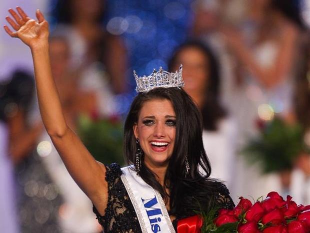 120114-Miss_America-AP12011404434.jpg