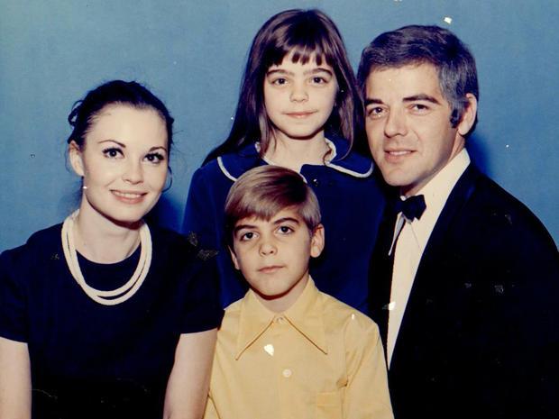 clooneyfamily1971.jpg