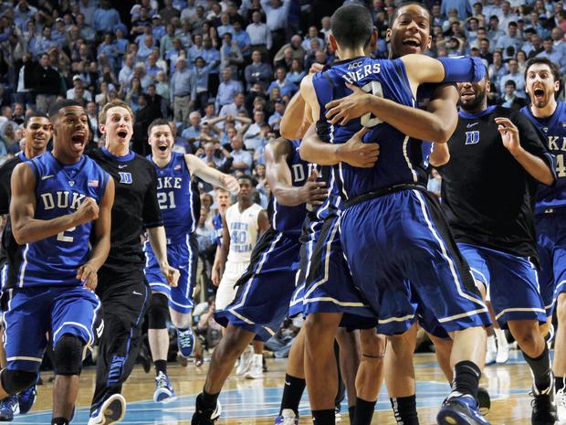 Austin Rivers celebrate with teammates
