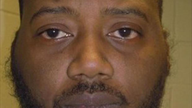 Naked 300 lb Man Steals Socks From Walmart In Pennsylvania