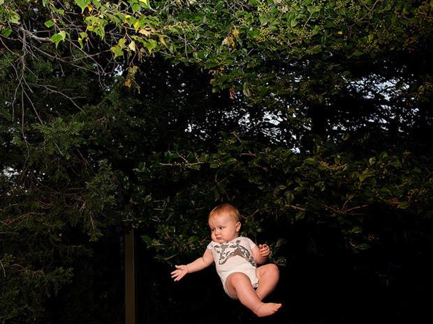 Flying-Baby-004.jpg