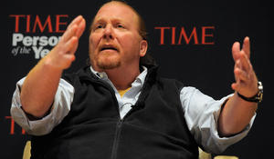 Investigation into sexual assault claims against Mario Batali widens