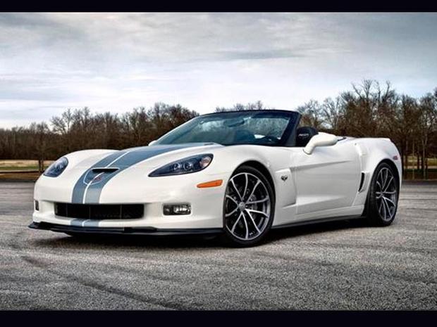 2013-CorvetteSLIDE.jpg